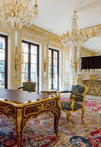 house-model-sahang-window-home_42691-530-350x510